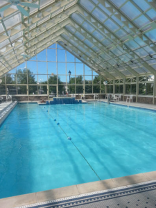 Four Seasons South Knolls indoor pool